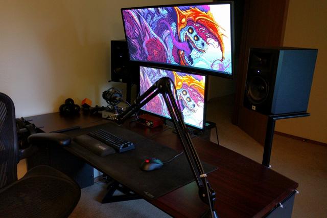 PC_Desk_UltlaWideMonitor34_34.jpg