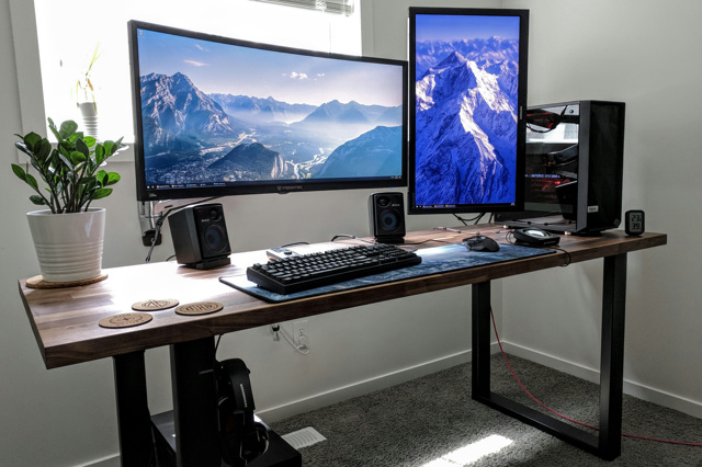 PC_Desk_UltlaWideMonitor34_49.jpg