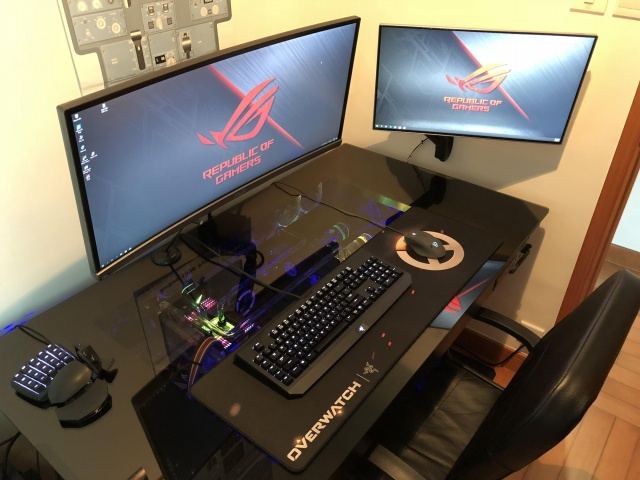 PC_Desk_UltlaWideMonitor34_74.jpg