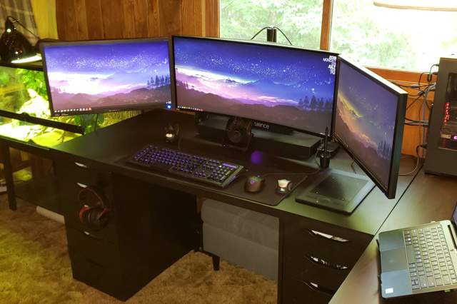 PC_Desk_UltlaWideMonitor34_78.jpg