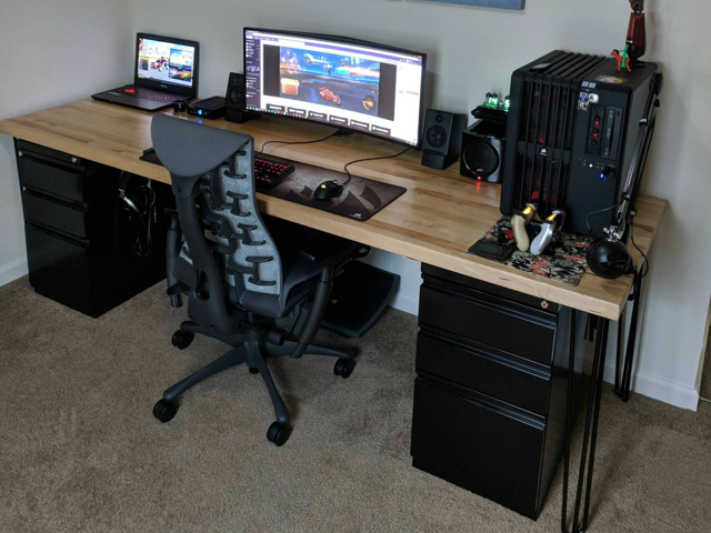 PC_Desk_UltlaWideMonitor34_92.jpg