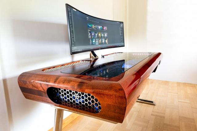 PC_Desk_UltlaWideMonitor35_03.jpg