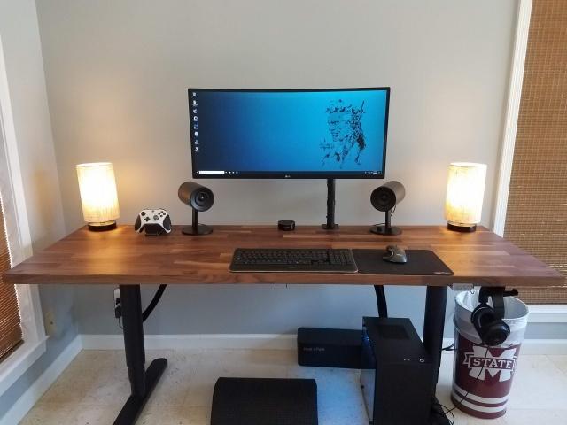 PC_Desk_UltlaWideMonitor35_19.jpg
