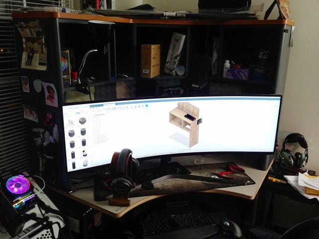 PC_Desk_UltlaWideMonitor35_39.jpg