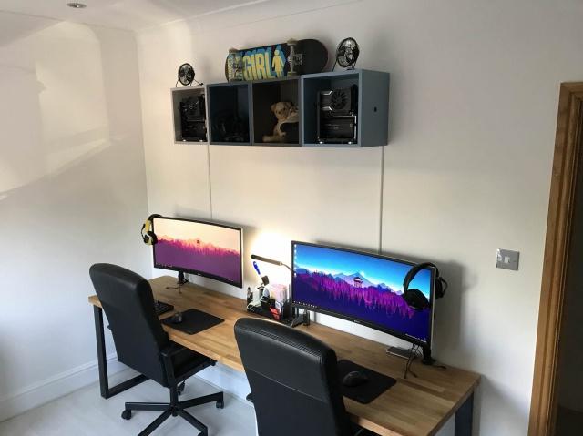 PC_Desk_UltlaWideMonitor35_69.jpg