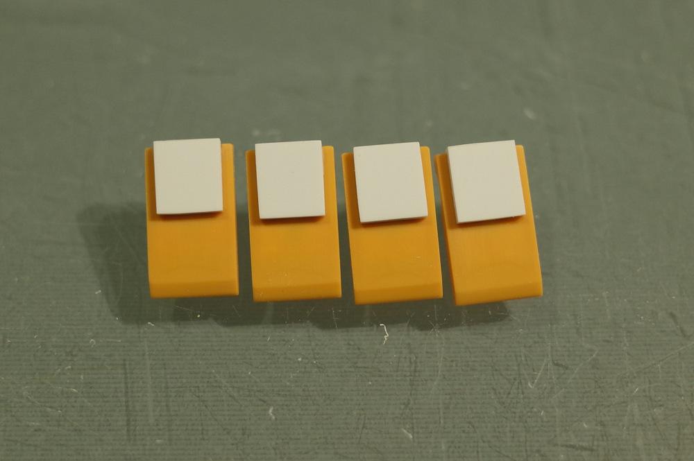 77-576.jpg