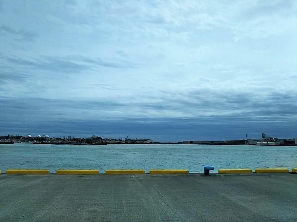 前日の大井川港