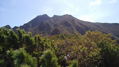 斜里岳玉石壁