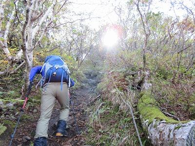 斜里岳玉石壁登り2