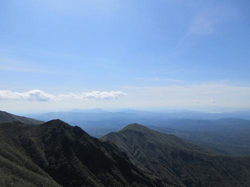 斜里岳ロープ岩より摩周湖方面