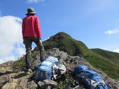 斜里岳ロープ岩より頂上2