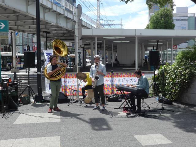 ジャズ演奏(ストリート)