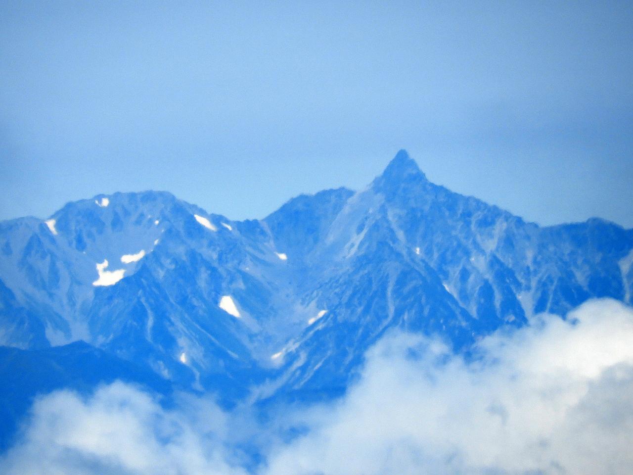 箕冠山からの北アルプス槍ヶ岳