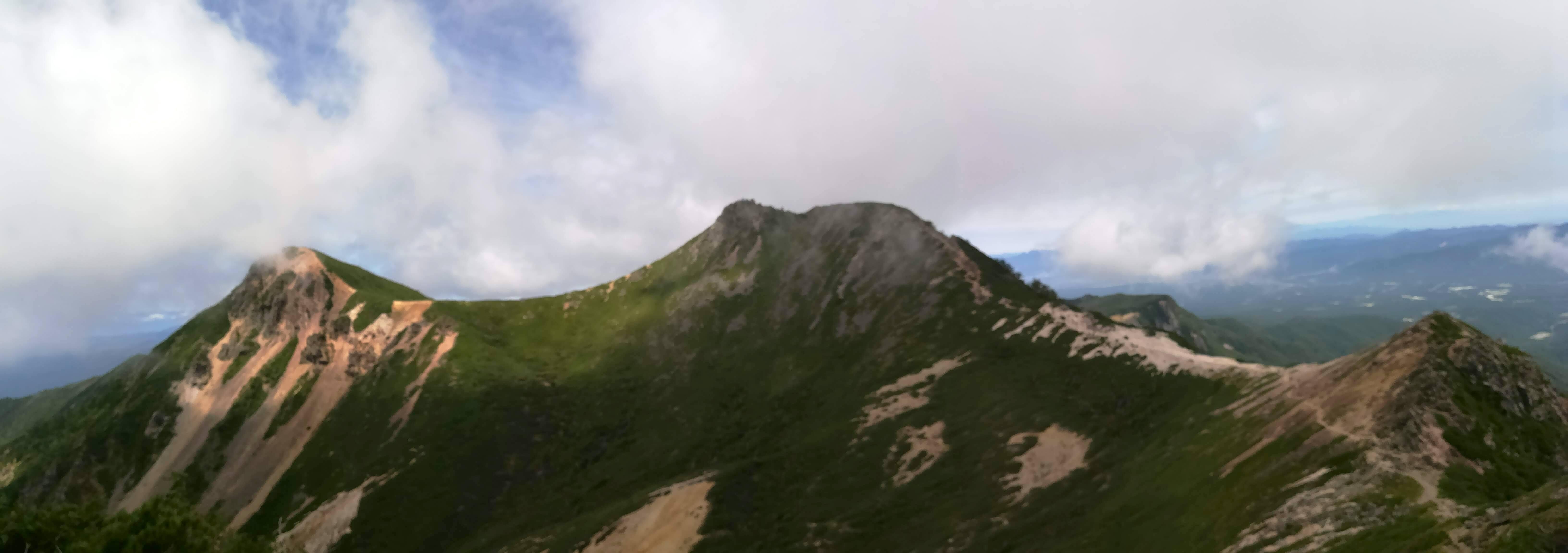根石岳から天狗岳2