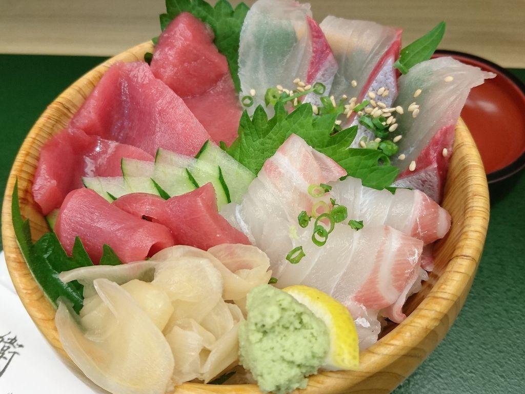 デパ地下イートインで☆気軽に海鮮丼「すし処 藤兵衛(北九州市小倉北区)」