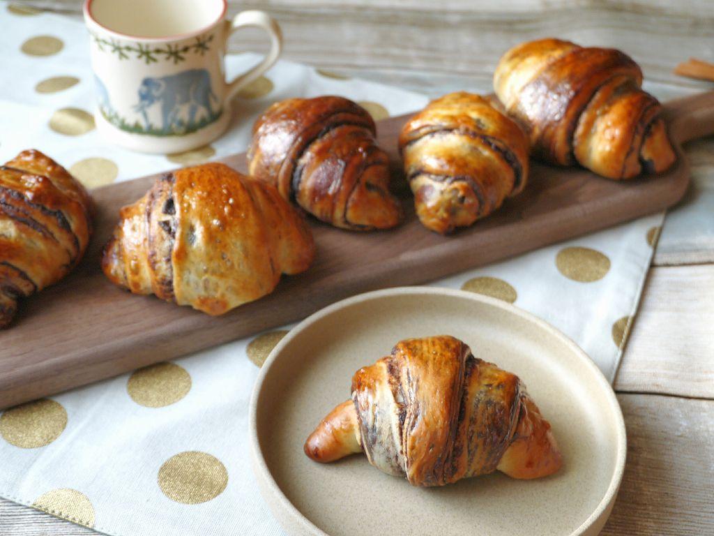 つい手を伸ばしたくなる!しっとり「チョコレートマーブルロールパン」の作り方☆