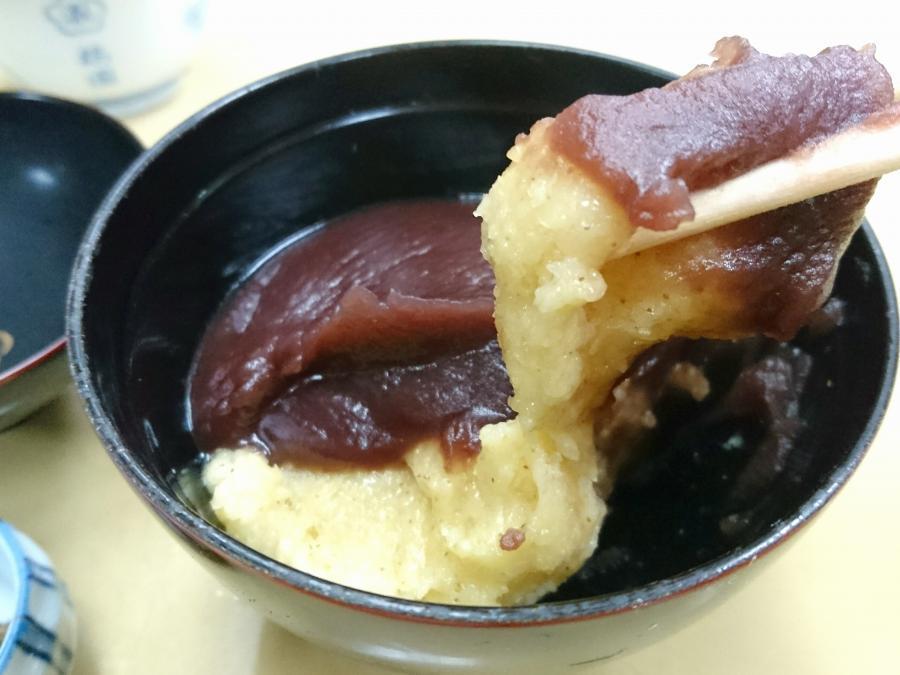 餅きびとこし餡を合わせた☆人気のあわぜんざい「梅園(台東区浅草)」