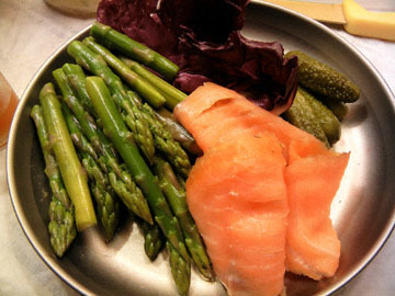 blog CP2 Dinner, Asparagus, Smoked Salmon, Radiccio, Pickles_DSCN8493-4.7.18.jpg
