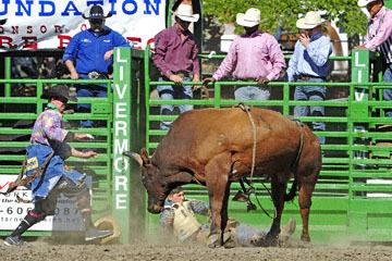 blog (6x4@300) Yoko 76 Livermore, Bull Riding 7, Jesse Flores (NS)_DSC8059-6.10.17.(3).jpg
