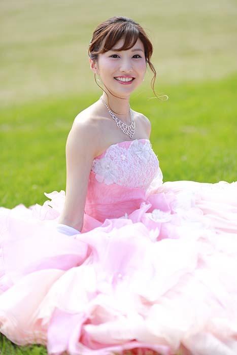 彩音:ピンクドレス3